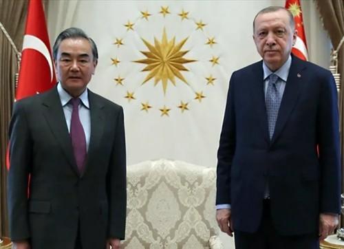 cin-devleti-doguturkistan-politikalarinda-sef
