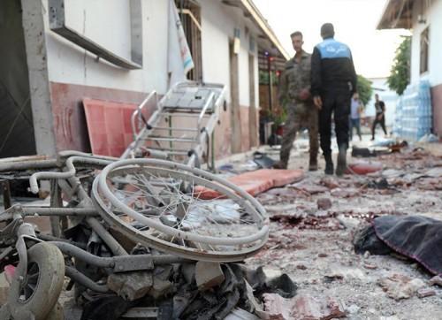 sivilleri-ve-hastaneleri-bombalamak-savas-suc